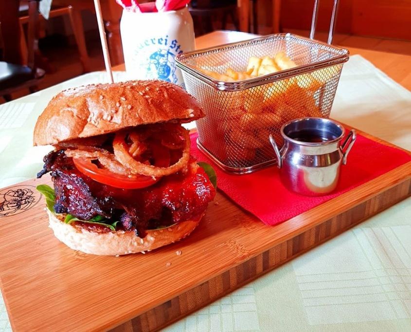Rippchen-burger